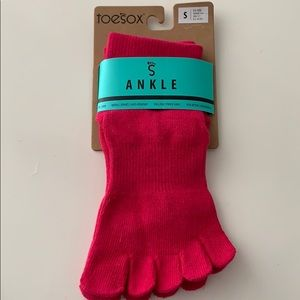 Toesox new fuschia